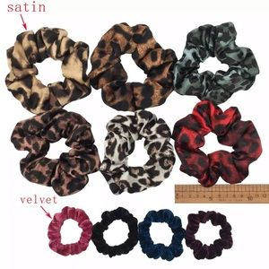 🌸3/$20🌸 LEOPARD PRINT SCRUNCHIES BUNDLE (10)